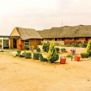 Hotel Pictures: Madiba Inn, Mahalapye