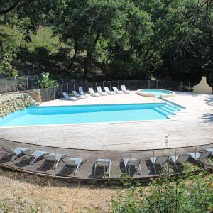 Hotel Pictures: Holiday Home Domaine du Dragon.3, Draguignan
