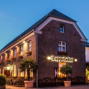 Hotel Pictures: Hotel Restaurant Doppeladler, Rees