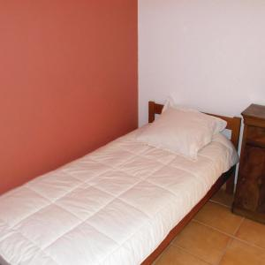 Hotel Pictures: One-Bedroom Holiday Home in Chantemerle l. Grignan, Chantemerle-lès-Grignan