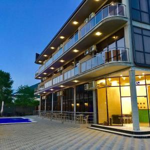 Фотографии отеля: Crystal Guest House, Лазаревское