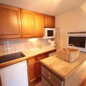 Hotel Pictures: Apartment Foret des rennes 1 b, Villard-sur-Doron