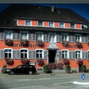 Hotelbilleder: Hotel & Restaurant Zum Schwanen, Neuried
