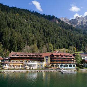 Hotellbilder: Via Salina - Hotel am See - Adults Only, Nesselwängle