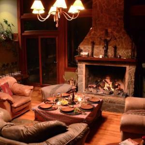 Hotel Pictures: Los Torreones Lodge, Puerto Aisén