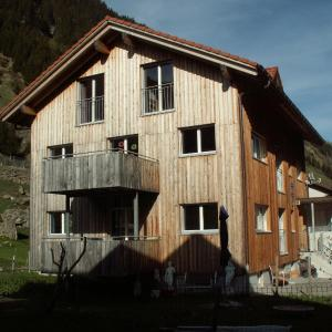 Hotel Pictures: Ferienwohnung Gästehaus Fürlauwi, Meien