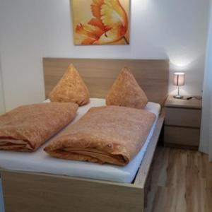 Hotelbilleder: Gästezimmer 'Toskana', Stettfeld