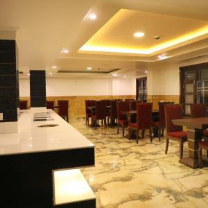 Foto Hotel: The Grand white by Parfait, Shimla
