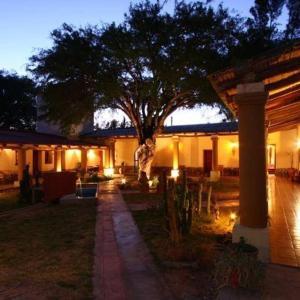 Hotel Pictures: El Capricho, Seclantás