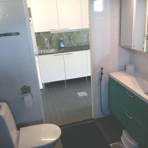 Hotel Pictures: 3 room apartment in Joensuu - Kesätuulentie 2, Joensuu