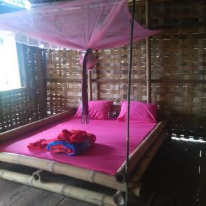 Foto Hotel: Tree lodge, Banlung