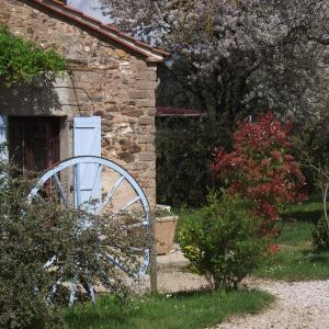 Hotel Pictures: Holiday home Lusclade - 2, Lescure-d'Albigeois