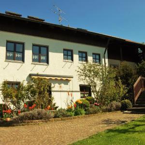 Hotelbilleder: Gästehaus Fuchs, Wörth an der Donau