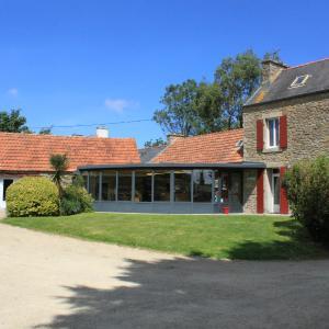 Hotel Pictures: Logis Auberge De Keralloret, Guissény