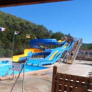 Hotel Pictures: Camping La Vidaresse, Sainte-Anastasie-sur-Issole