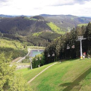 Hotel Pictures: Three-Bedroom Apartment in Winterberg, Winterberg