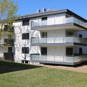 Hotel Pictures: Ochettaz 9, Saint-Sulpice