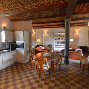 Hotellikuvia: Holiday Home Château De Ry 2, Mohiville