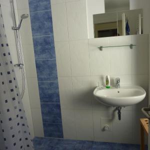 Hotel Pictures: Claas, Diedrichshagen