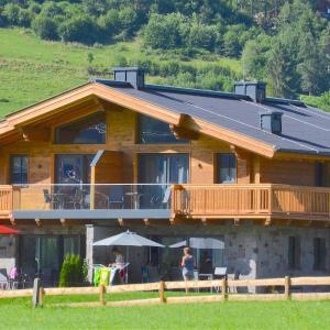 ホテル写真: Chalet Jahuel by Alpen Apartments, Niedernsill