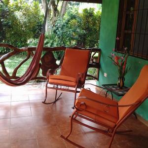 Hotel Pictures: Carisur Spanish & Travel, Puerto Viejo