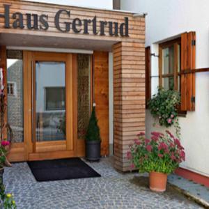 酒店图片: Haus Gertrud, 施图本