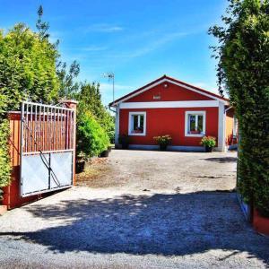 Hotel Pictures: Casa Finca Patelo, Bergondo