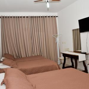 Hotel Pictures: Pousada Victor, Ribeirão Claro