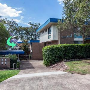 Hotel Pictures: Kooringal, Unit 5/105 Soldiers Point Road, Soldiers Point