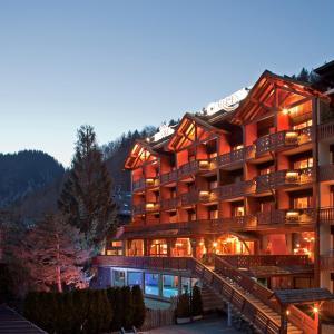 Hotel Pictures: Carlina, La Clusaz
