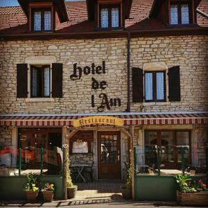 Hotel Pictures: hotel de l'ain, Pont-de-Poitte