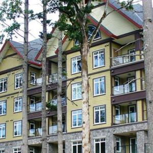 Hotel Pictures: Bear Mountain Condo on the 9th, Victoria