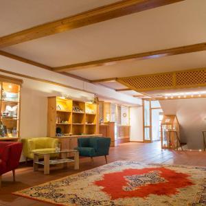 ホテル写真: Gutshof Wolfgangsee Resort & Event Hotel, ストローブル