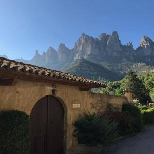 Hotel Pictures: Masia La Calsina, Monistrol
