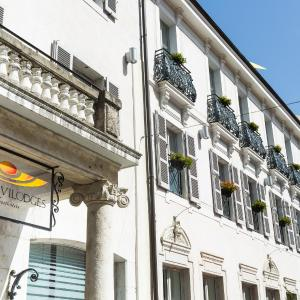 Hotel Pictures: Privilodges Le Royal - Apparthotel, Annecy