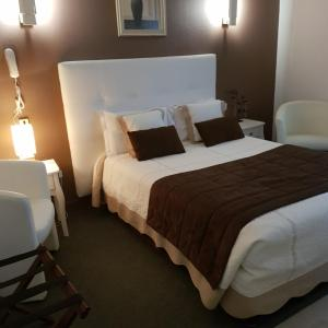 Hotel Pictures: Hotel Christina - Contact Hotel, Châteauroux