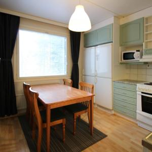 Hotel Pictures: 4 room apartment in Tampere - Fysiikanpolku 2, Tampere