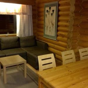 Hotel Pictures: 3 room apartment in Riihimäki - Karhintie 196, Riihimäki