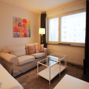 Hotel Pictures: 2 room apartment in Tampere - Teiskontie 20, Tampere