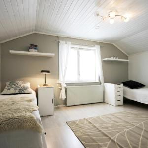 Hotel Pictures: 4 room apartment in Kuopio - Pappilantie 24, Vehmersalmi