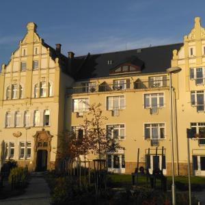 Hotel Pictures: Czech Switzerland Castle Apartments, Děčín