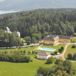 Foto Hotel: Gut Drasing, Krumpendorf am Wörthersee