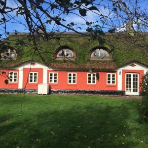 Hotel Pictures: Alsbrogaard, Bramming