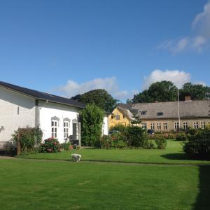 Hotel Pictures: Bruhnsgård, Rødekro
