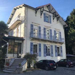Hotel Pictures: Hôtel Montilleul, Pau