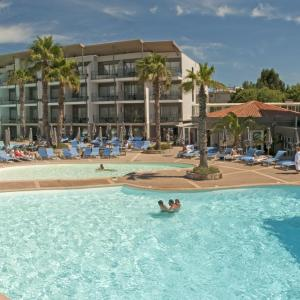 Hotel Pictures: Hotel Baie des Anges by Thalazur, Antibes