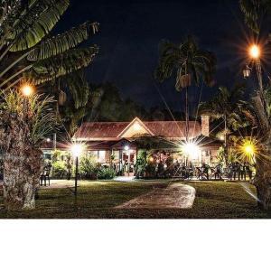 Foto Hotel: Ferns Hideaway Resort, Byfield