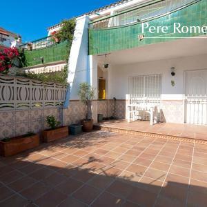 Hotel Pictures: Pere Romeu, Cunit