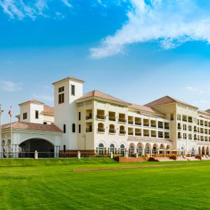Hotel Pictures: The St. Regis Dubai, Al Habtoor Polo Resort & Club, Dubai
