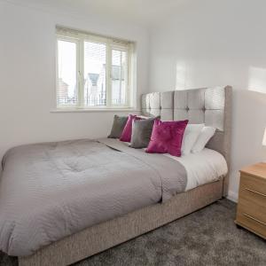 Hotel Pictures: Eastbury Executive Apartment, Romford